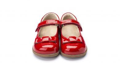 Ein Paar neue Schuhe